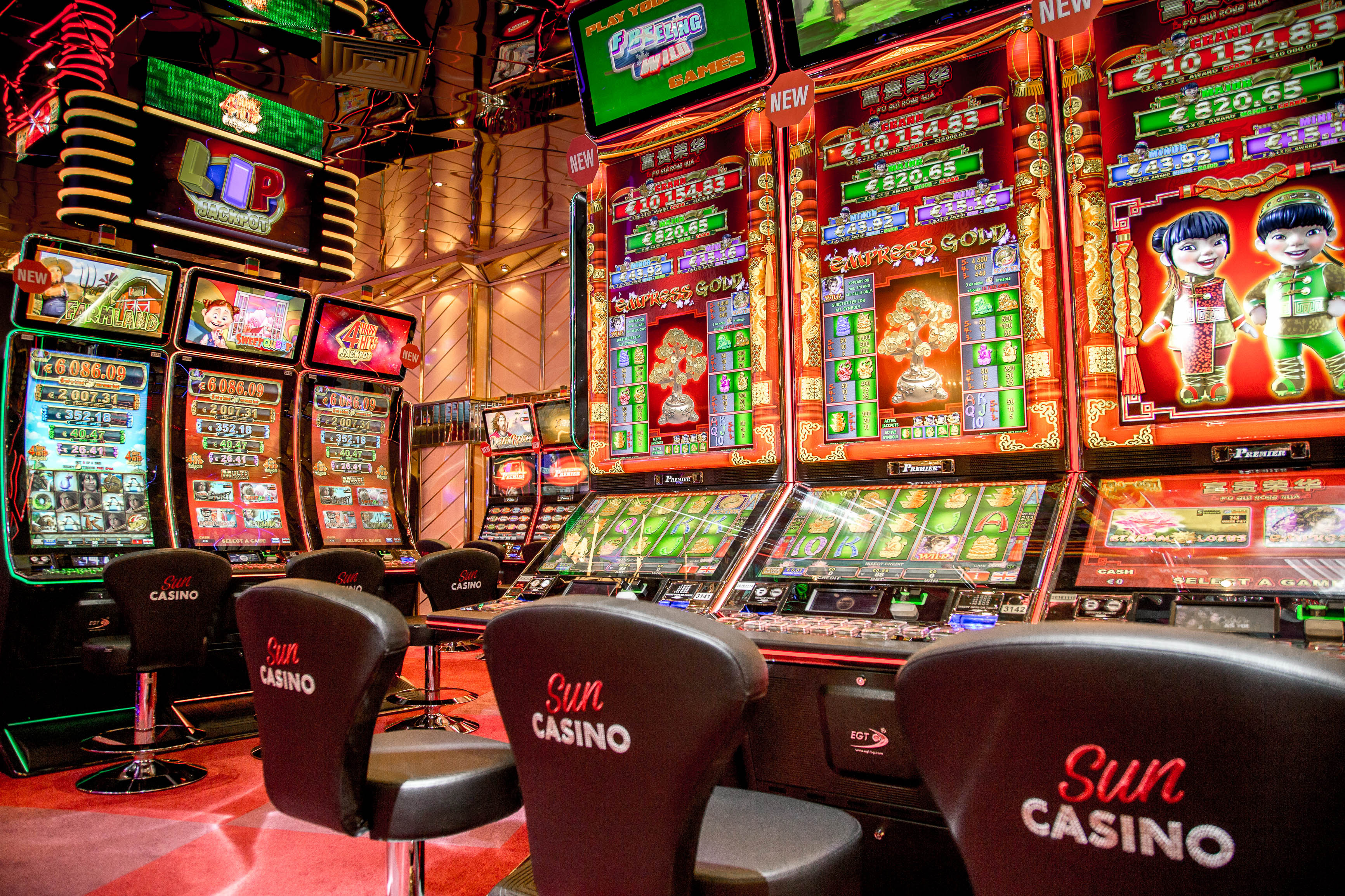 Red gaming slots -725703